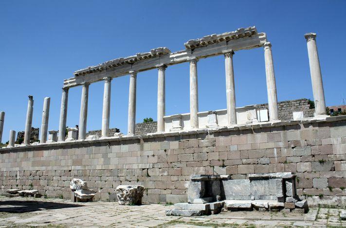Pergamon_acropolis